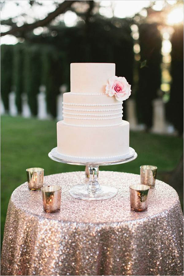 Gold Glitter Linens- Love this for a wedding