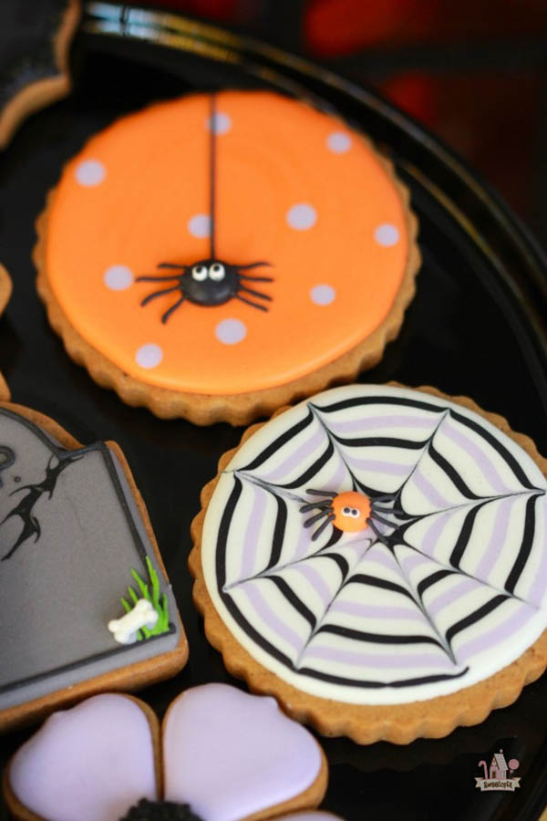 Love these Cute Spider Cookies