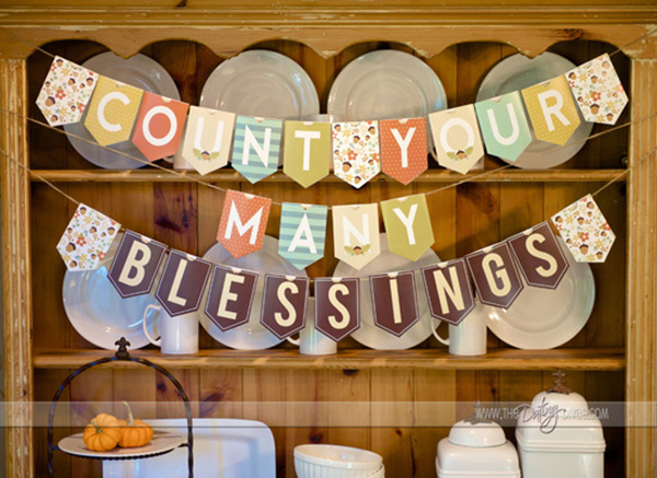 Love THis DIy Thanksgiving banner!
