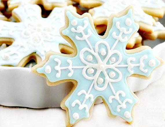 Adorable Snowflake Cookies!
