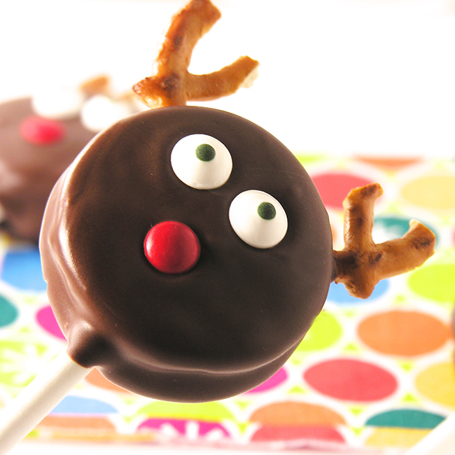 Cute Chocolate covered oreo reindeer pop