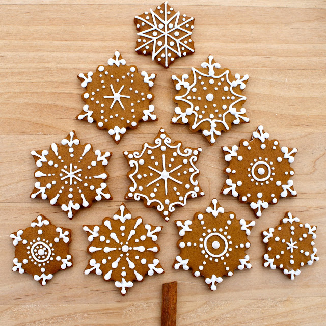 Gingerbread Snowflake Cookies!