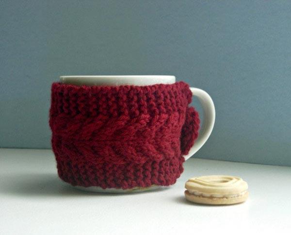 This Sweater mug looks nice and cozy