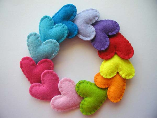 Adorable felt heart favors!