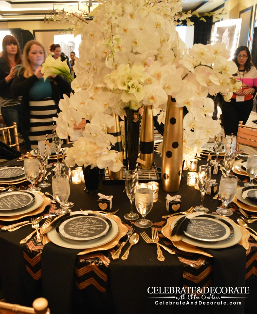 Black And Gold Wedding Decorations: Modern Black And Gold Tablescape