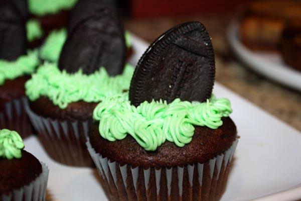 Football Oreo Cupcakes!