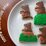 Oh my gosh these groundhogs day cookies are too cute!