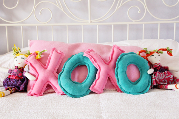 Valentines Day XOXO Pillows
