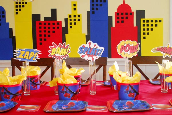 Boys Superhero Party DIY Centerpieces