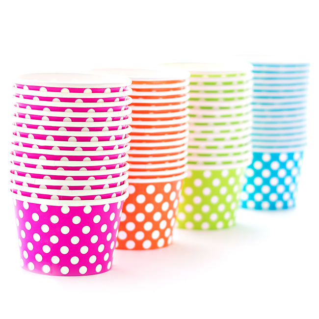 Polka Dot cupcake wrappers win free with our giveaway!