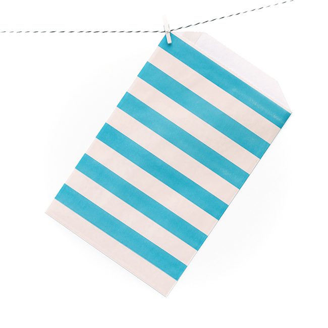 Striped Party Bags win free with our giveaway!