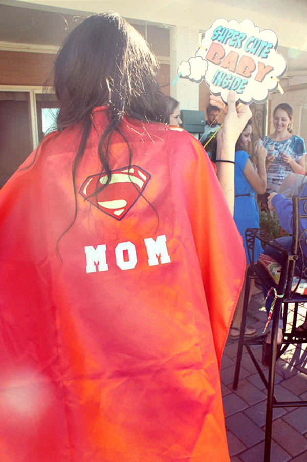 Baby shower super mom cape