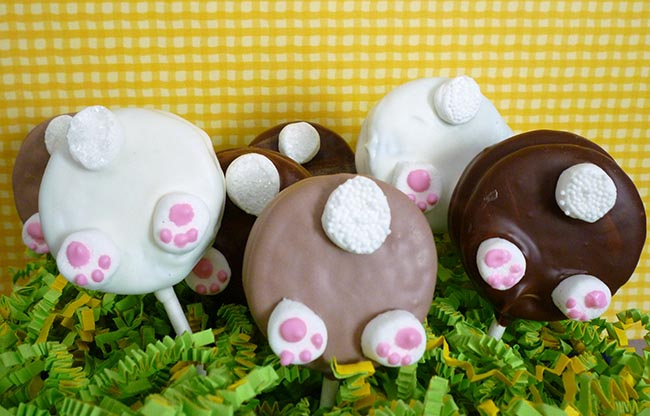 Bunny Tail Oreo Pops!