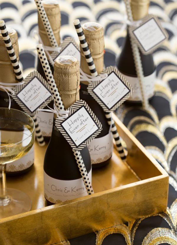 Love these lovely champagne Favors!