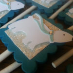 Love these polar bear party cupcake toppers