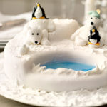 Love this Polar bear Cake.  So cute!