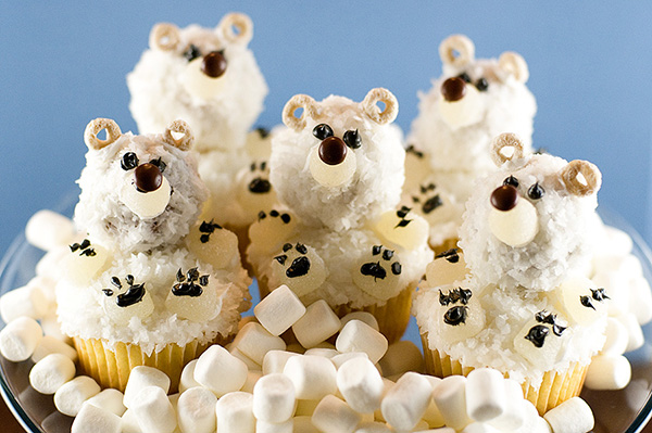 Polar Bear Cupcakes! So cute!