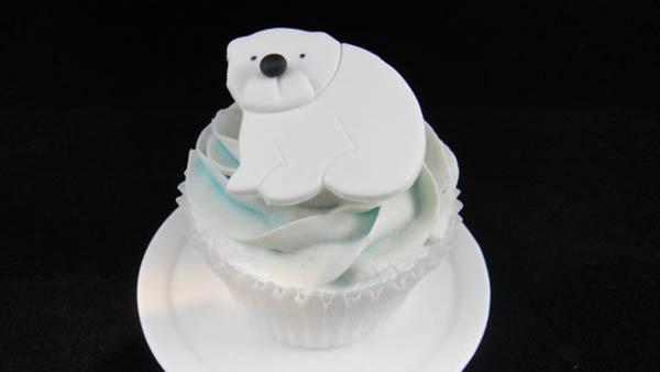 Polar bear party cupcake toppers!