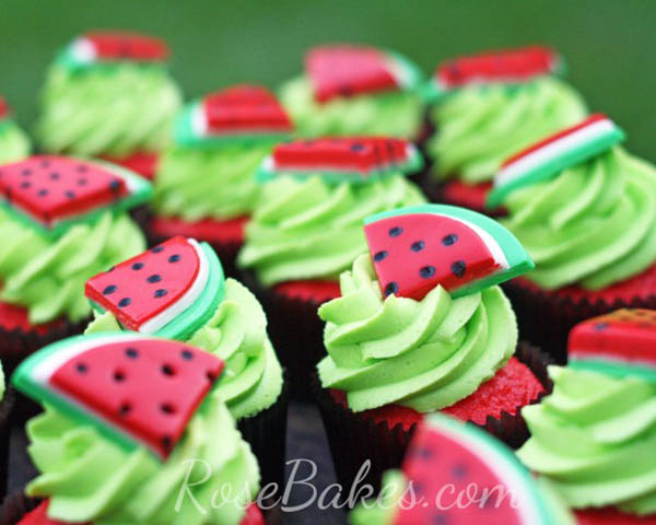 Adorable watermelon cupcakes!