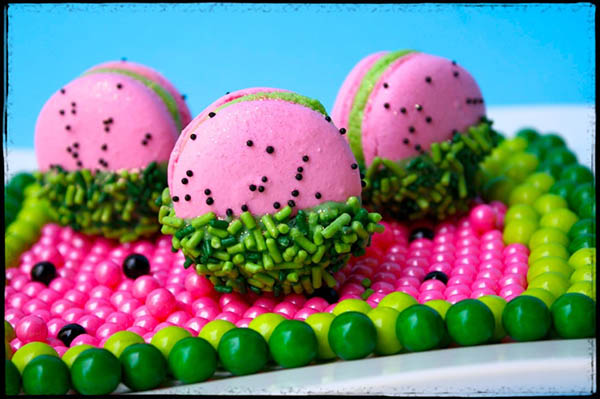 Cute Little Watermelon Macarons!