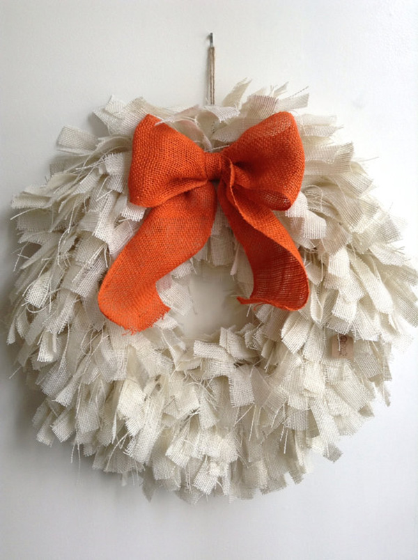 Cute Burlap Fall Wreath!