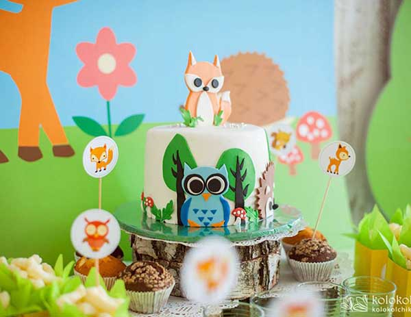 Love This Woodland Birthday Cake!