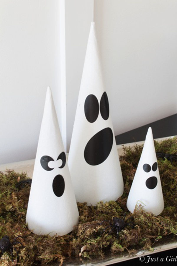 Cute Little Ghost Done Decorations For Halloween!