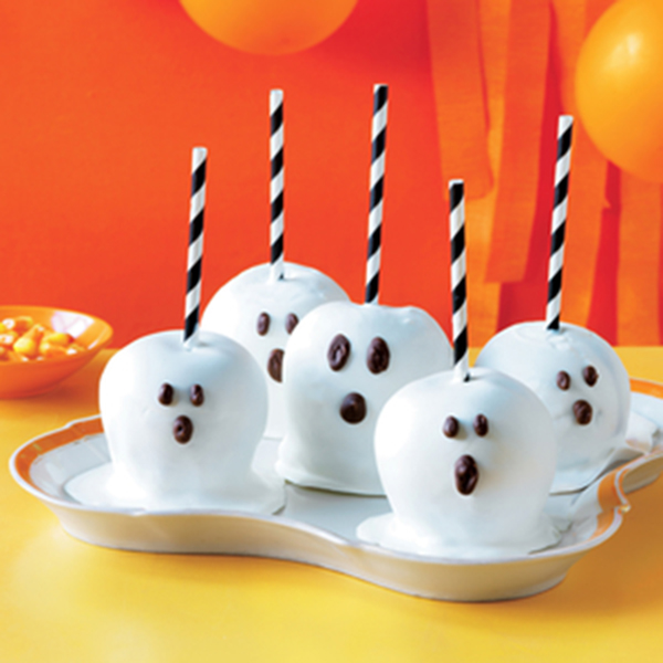 Ghost Halloween Candy Apples