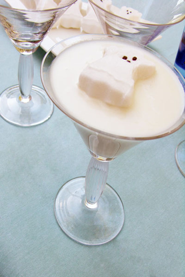 Love these Halloween ghost martinis