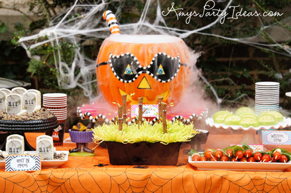Love this Halloween Pumpkin Party