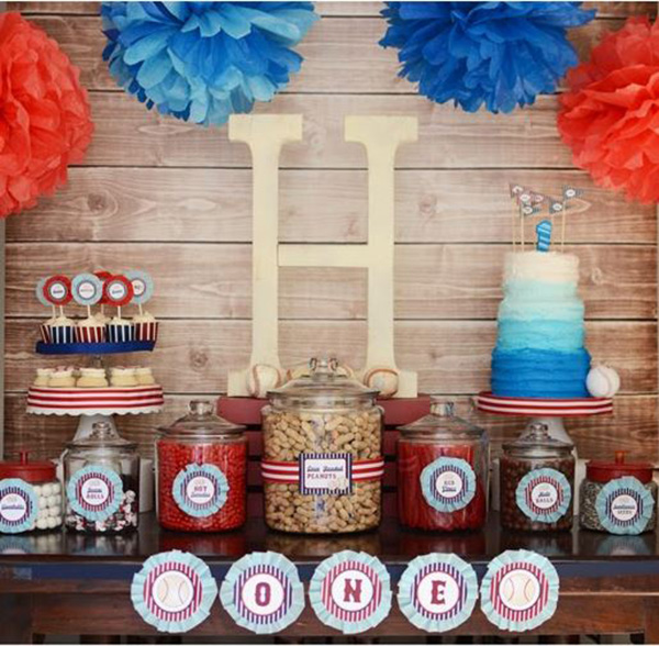 Awesome baseball party set up!