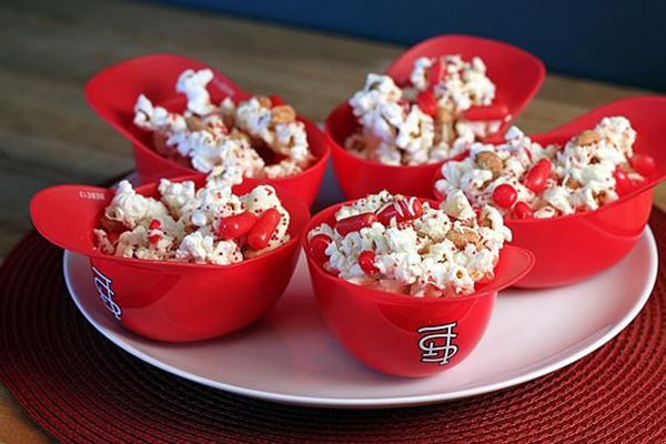Love these world Series baseball popcorn treats!