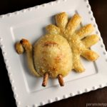 Lovely Turkey shaped dinner rolls! So cute