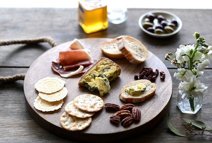 How To Make The Perfect Cheese Platter B Lovely Events