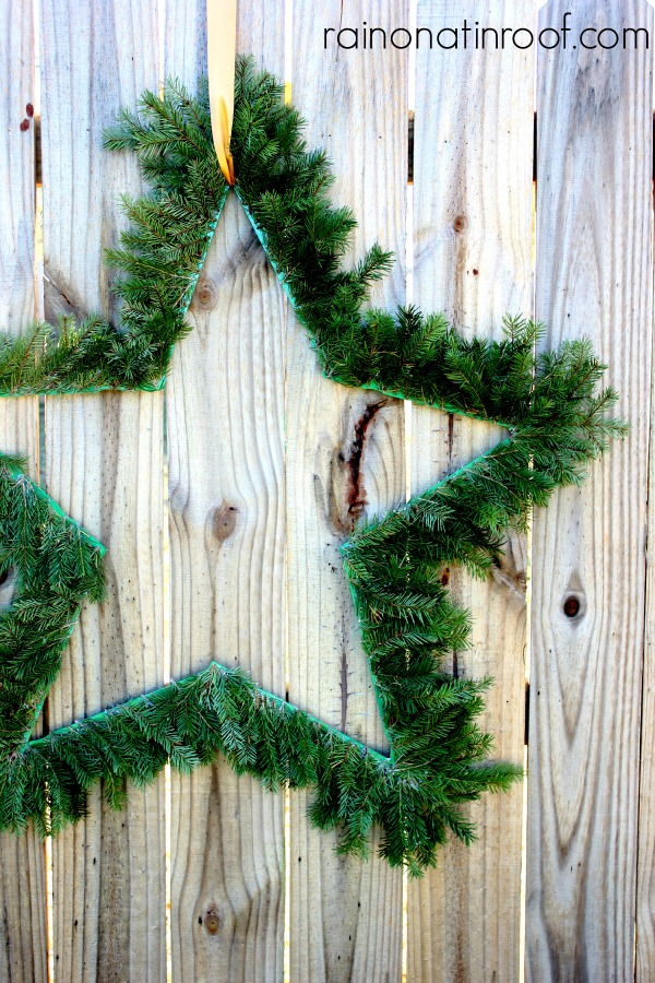 Love this DIY evergreen Star wreath