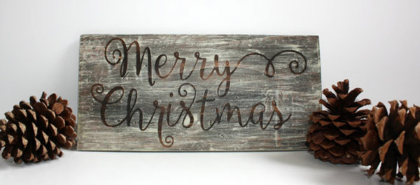 Love this Merry Christmas Rustic Board Sign
