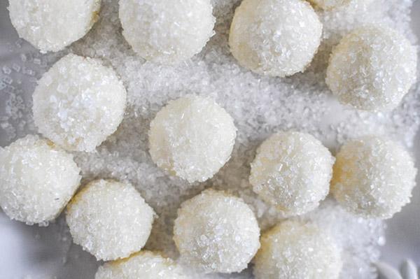 White Christmas Chocolate truffles