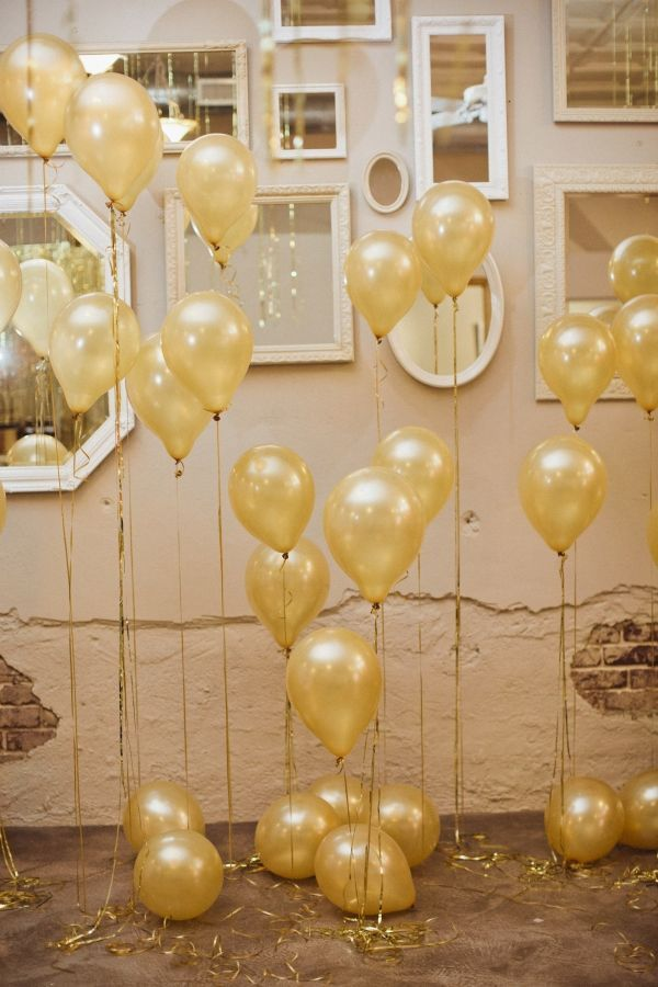 Fabulous Gold Balloon Backdrop