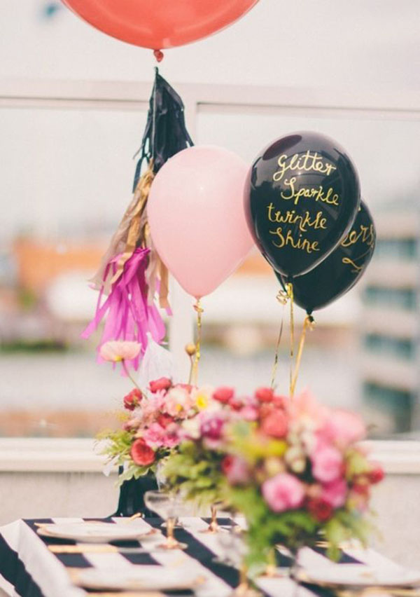 Gold Written Balloons- lovely centerpeice!