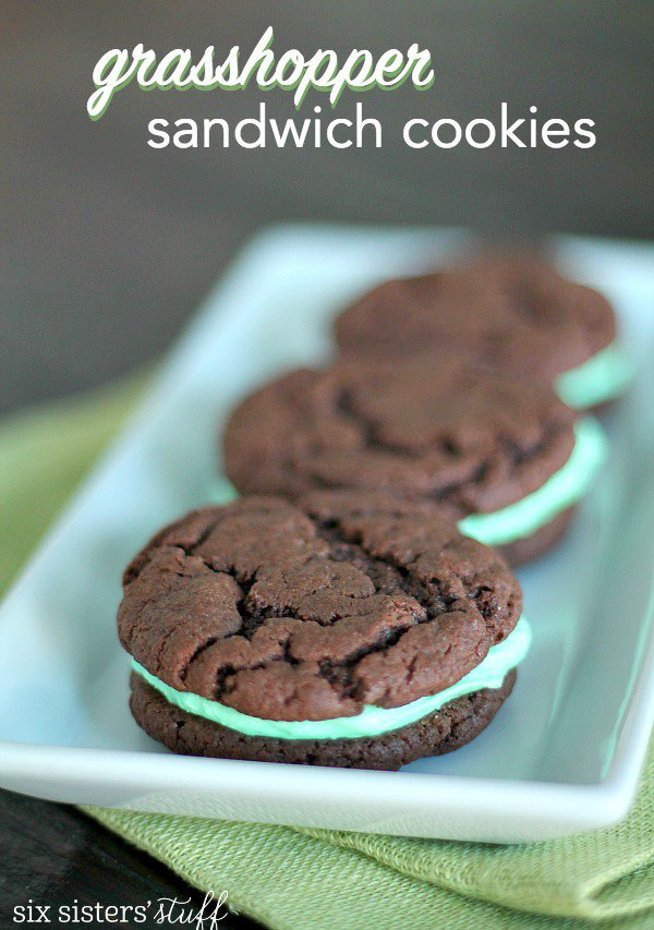 Grasshopper-Sandwich-Cookies Perfect treat for st. patricks day