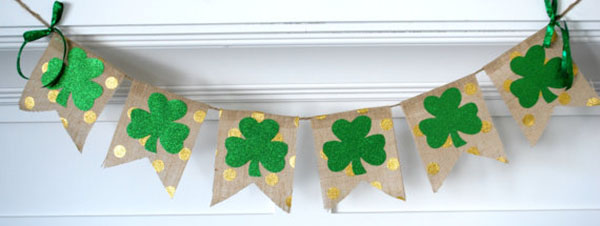 Shamrock And gold polka dot St patricks Day banner -See More Shamrock Banners & Garlands On The Blog! B. Lovely Events