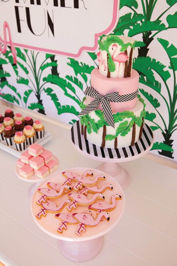 Beach Chic flamingo party - See more amazing party trends for 2016 at B. Lovely Events!
