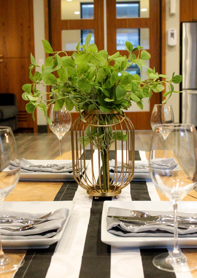DIY Plant Centerpiece With Eucalyptus (2) -Learn How To Make Them On B. Lovely Events