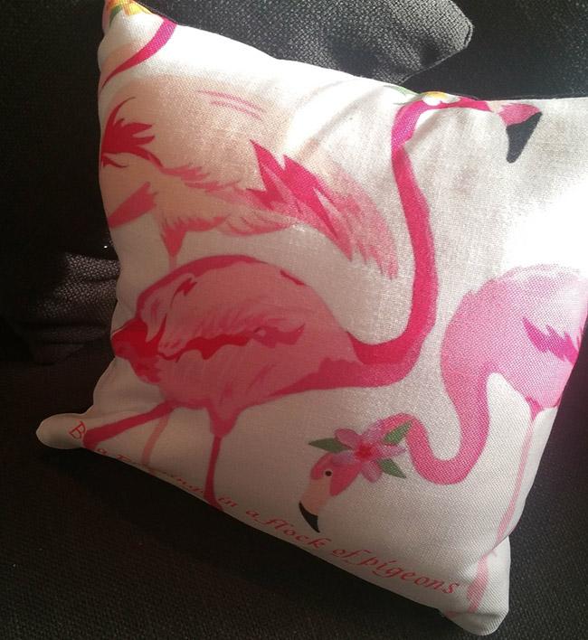 love-this-flamingo-pillow