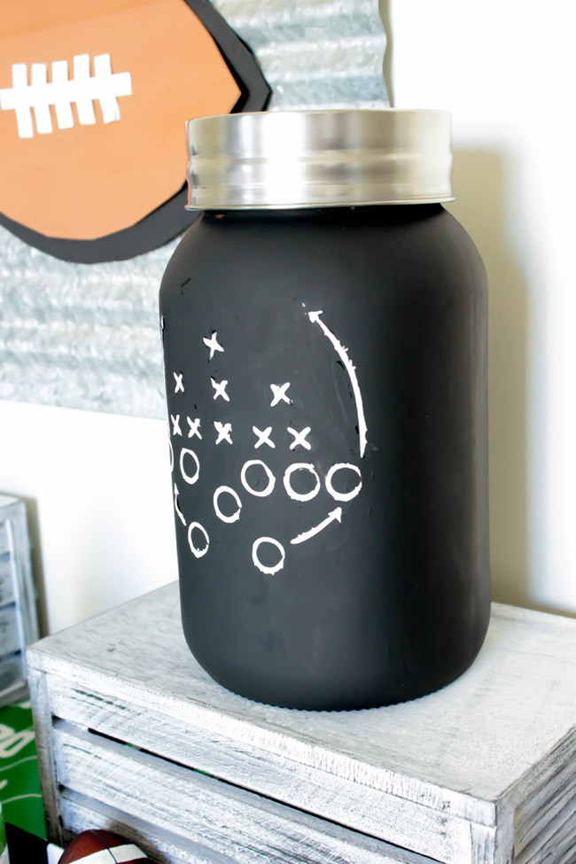 make-this-awesome-football-mason-jar- See how on B. Lovely Events