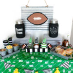 tailgate-home-party-with-so-many-diys- B. Lovely Events
