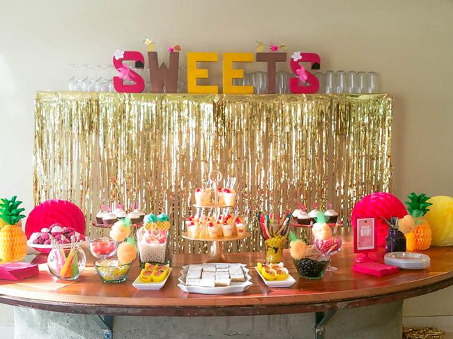 tropical-pineapple-flamingo-party-dessert-bar