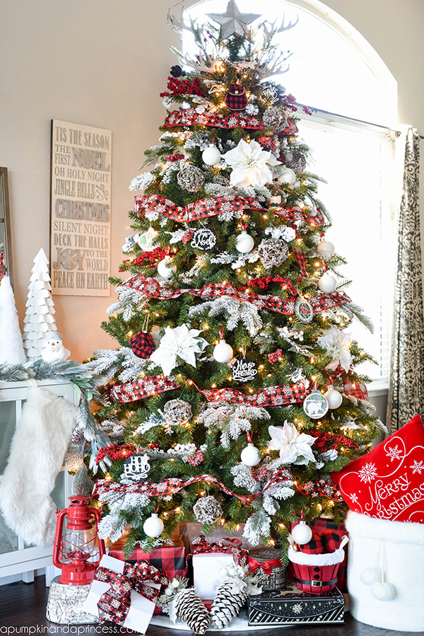 buffalo check plaid Christmas Tree- See More Buffalo Check Ideas on B. Lovely Events