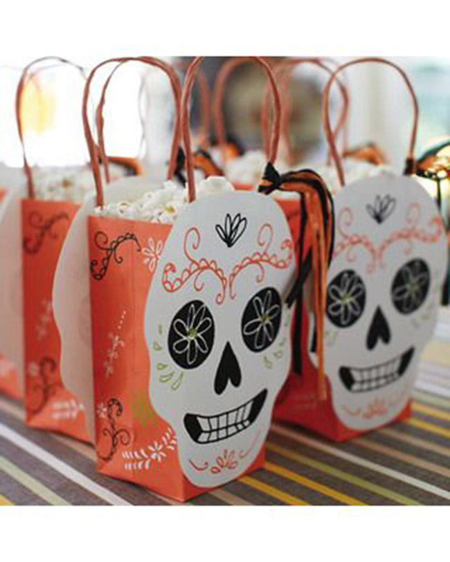 dia de los muertos favor bags- see more day of the dead ideas on B. Lovely Events