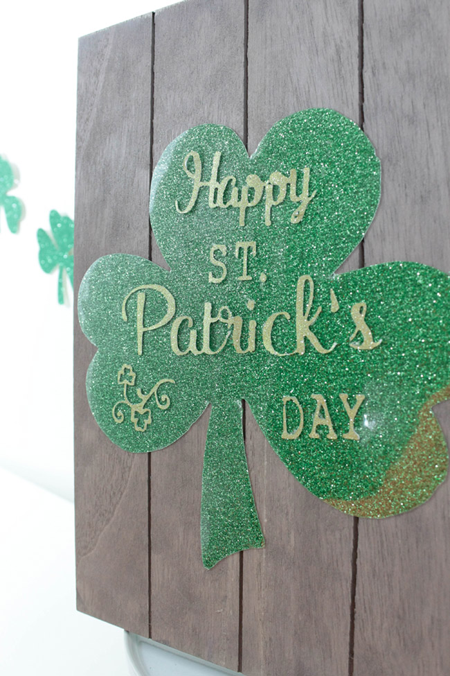 DIY Happy St. Patrick's Day Sign - See how to make it on B. Lovely Events